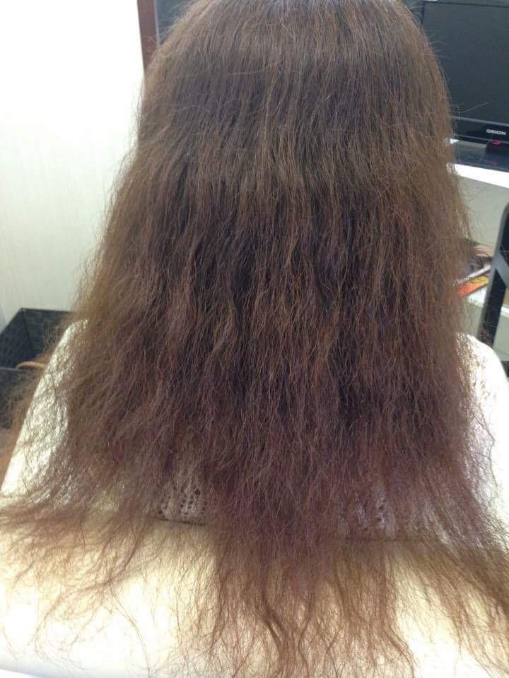 酸性縮毛矯正施術前